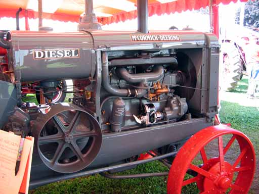 1934 McCormick-Deering WD-40 diesel tractor (right side view)